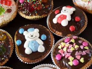 1066412_birthday_muffin